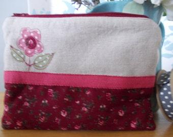 Handmade cosmetic makeup bag purse linen pink flowers spotty lining