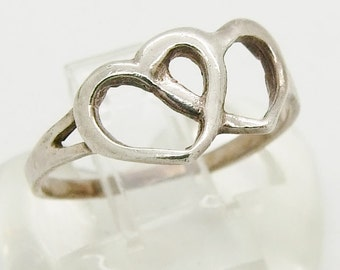 Vintage 925 Sterling Silver Double Heart Ring Size 8 1/4 - Q