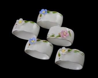gallerymichel Five Vintage Porcelain Napkin Rings