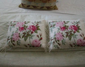 Vintage Linen CABBAGE ROSES Chenille, Crochet Rose, Pair of Pillows