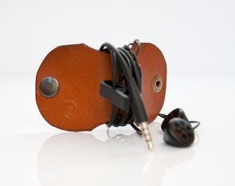 Earphone Holder in Beech Nut,For Him,Cable Holder,Headphones Organizer,Earbud Earphone Organizer,Earphone Winder