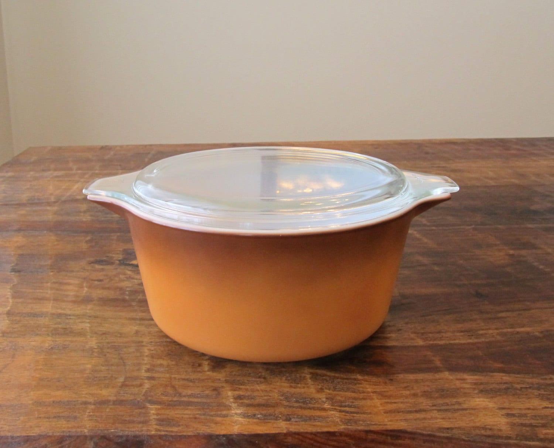 vintage pyrex casserole dishes with lids pyrex baking dish. Black Bedroom Furniture Sets. Home Design Ideas