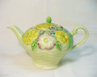 Lovely vintage green floral majolica teapot - hand painted - Warwick England - 3 to 4 cup size - # HS-TP-11