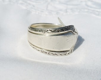 Beautiful Antique Sterling Silverware Ring