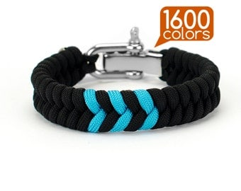 Fishtail paracord bracelet - Paracord fishtail bracelet with real stainless steel buckle. Create your own bracelet from the 1600 colors!