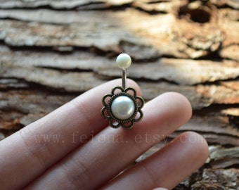 Golden flower pearl belly button ring, pearl Navel Piercing, friendship belly rings, Belly Button Piercing, Belly jewelry