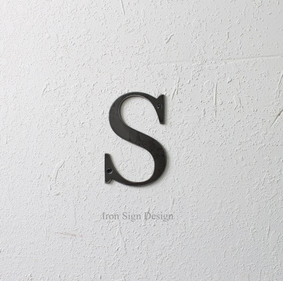 metal letters wall alphabet letter wall hanging decor. Black Bedroom Furniture Sets. Home Design Ideas