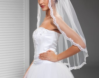Delicate Lace Edge Veil in Ivory or White