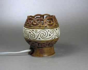 Red-Gold Celtic Knotwork and Sprials Accent Lamp