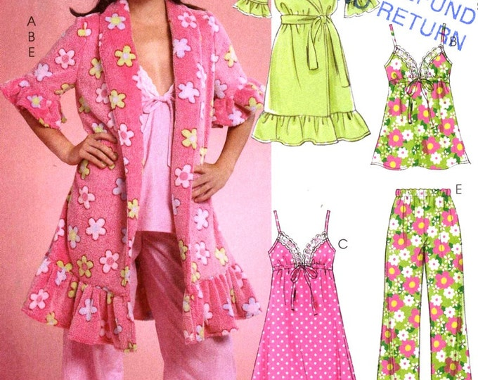 Sleepwear Robe pajamas pattern Robe Belt top pants nightgown and shorts McCalls 5989 Sz 12 to 18 Uncut