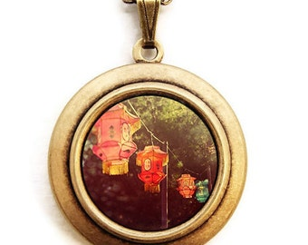 Paper Lanterns - Chinese New Year Lantern Photo Locket Necklace