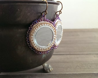 Native American applique beadwork earrings - beaded earrings - seed beaded earrings - Mala Meecha