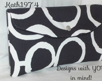 Bridesmaid Clutch / SALE / Fold Over Envelope Clutch / Premier Prints -  Freehand in Black & White /Bridesmaid Gift Idea /Birthday Gift
