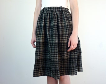 1950s Plaid Skirt • Buffalo Plaid Skirt • Vintage Wool Skirt • Black Plaid Skirt • 50s Plaid Skirt • Gray Plaid Skirt • Vintage Plaid Skirt