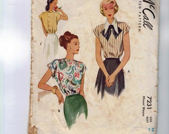 1940s Vintage Sewing Pattern McCall 7231 Misses Blouse Back Buttoning with Wide Collar Size 16 Bust 34 1948 40s