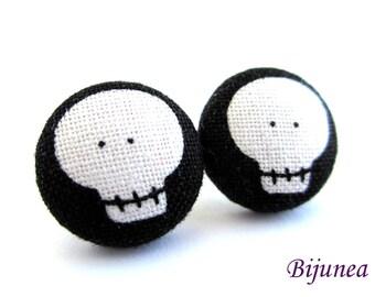 Skull earrings - Halloween skull stud earrings - Halloween skull posts - Halloween skull post earrings sf817