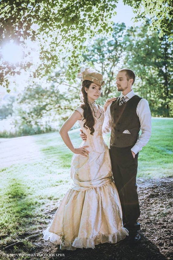Steampunk Wedding Dress Victorian Beauty Off the Shoulder