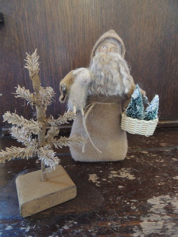 Primitive Santa Stump Doll with Lamb and Trees Folk Art Collectible FAAP