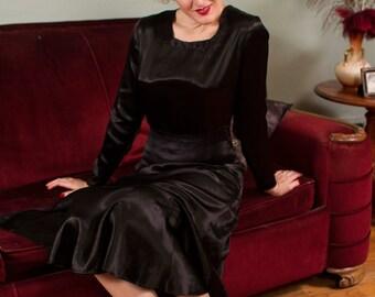 Vintage 1930s Dress - Gleaming Charmeuse Silk Satin Bias Cut Mermaid Hem Dress