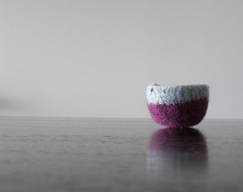 Tiny Ring Dish - Small Soft Wool Ring Dish - Nonscratch Surface - Sky Blue Tweed and Grape Purple Wool - Air Plant Planter - Jewelry Bowl