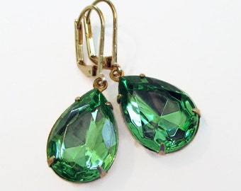 Spring Earrings - Peridot Green - August Birthday Gift Idea - CAMBRIDGE Peridot
