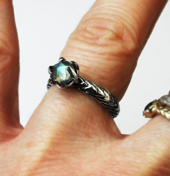 Sterling Silver and Labradorite Claw Ring