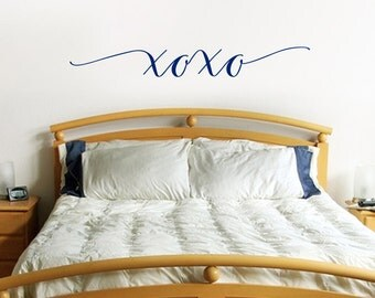 Love Decal, XOXO vinyl decal,  Bedroom decor and couples decor, hugs and kisses valentine gift