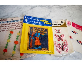 Vintage 4 Patches Iron-ons NIP New in Package Holly Hobby Butterflies Retro Mod 70s 60s Sewing Notions Applique Embroidered Turtles Trims