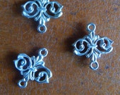 Vintage Cast Metal Links with Loops at Ends x 2