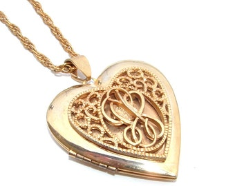 Vintage Heart Locket Gold Tone Metal Travel Photo Frame Picture Keepsake Scrolling Design, Pendant Locket, 24 inch chain