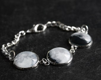 Small Moon phase Bracelet La luna - Phases of the Moon Small - Glass Dome Statement Bracelet