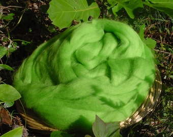 Corriedale Lime Wool Roving, 4 ounces