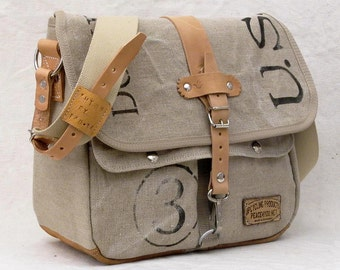 Beige Canvas Messenger Bag, Recycled Cross Body Bag, Recycled Belgique Military Postbag Canvas, Unisex Bag / Upcycled in GERMANY-2126