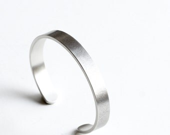 """Very sturdy and modern sterling silver cuff bracelet perfect to wear alone or layered, a minimalist design with light patina - """"Sabine Cuff"""""""
