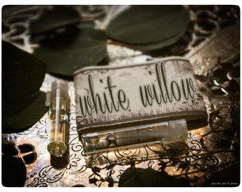 white willow - natural perfume oil mini sampler - 2 vials o joy - primary notes: white tea and green woods