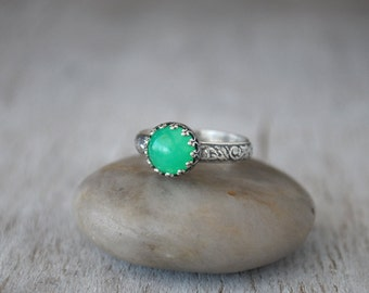 Chrysoprase Ring in Sterling Silver - Handcrafted Artisan Silver Ring - Sterling Silver Chrysoprase Gemstone Ring