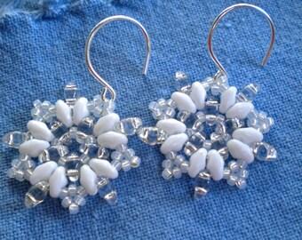 Earrings Snowflake Beaded White Superduos