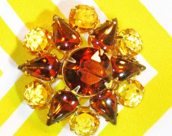 Vintage Amber, Rootbeer, Yellow Glass Rhinestone Snowflake Brooch Pin (B-3-6)