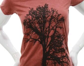 Oak Tree   Women's soft lightweight T shirt   Slim fit in scoop & V neck