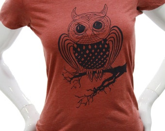 Owl| Women's soft fitted Tshirt| Art by MATLEY| Scoop & V-Neck| Slim cut T shirt| Great gift| Perfect gift for her| Bird| Nature.