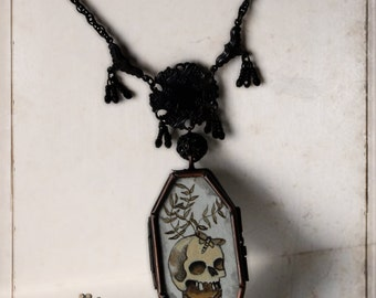 gothic necklace - Coffin - locket, victorian, mourning, gothic, memento mori, vanitas, mourning attire, antique style, ooak