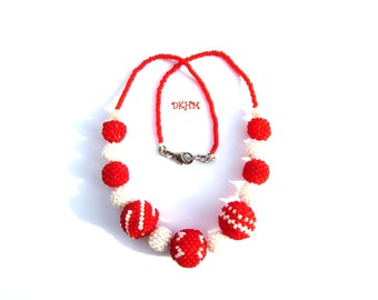 Red and white necklace with beaded beads, ooak
