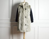 SALE Coat Winter / Faux Fur Gray Taupe / Sweater Sleeves / Mod / 80s Vintage / Extra Large xl