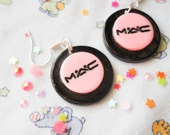 Makeup Earrings / Eyeshadow Earrings / Cute Earrings / Pink Earrings / Kawaii / Makeup Gift