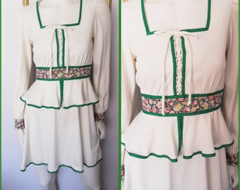 Vtg.70s Cream Kelly Green Calico  Peplum Corset Lace Up Mini Dress.S/M.Bust 36-38.Waist up to 30.
