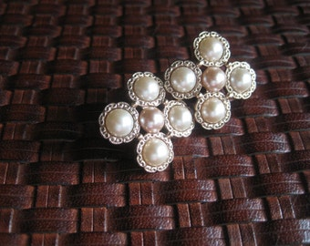 Lovely Vintage Bridal Earrings Post Backing Faux Peals Lightweight Great for the Whole Day Center pearl is light blush pink