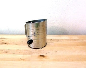 Vintage Bromwell Flour Sifter / Farmhouse Chic / Antique Kitchenware / Rustic Decor / Hand Flour Sifter / Kitchen Utensils