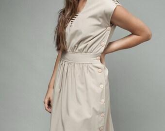 "vintage 70s day dress khaki safari eyelet gathered S (25"" waist)"