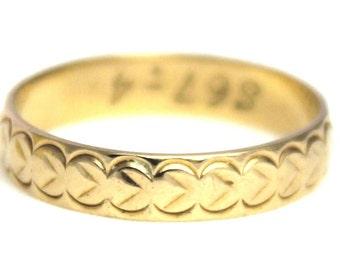 Vintage 9k Gold Engraved Wedding Band Ring Solid Patterned 9ct 375 9kt Carat - Size N.5 / 7