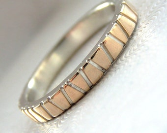 Lines in Gold - Modern Two Tone Gold and Silver Wedding Band with Saw Texture
